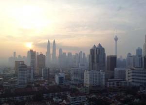 Reuss Fabian WS 2012_Erfahrungsbericht_Bachelorarbeit_Kuala Lumpur_MY